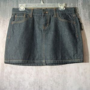 Old Navy Denim Skirt Dark Wash Size 6